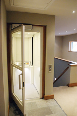 Small Footprint Home Platform Lift Invalifts
