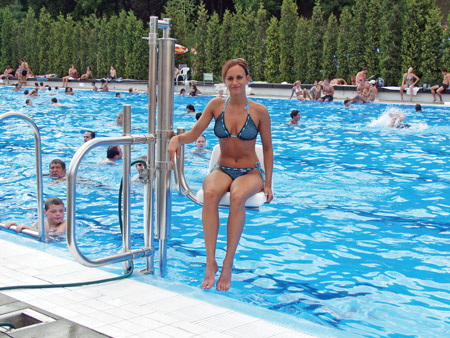 Inva Pool Lift